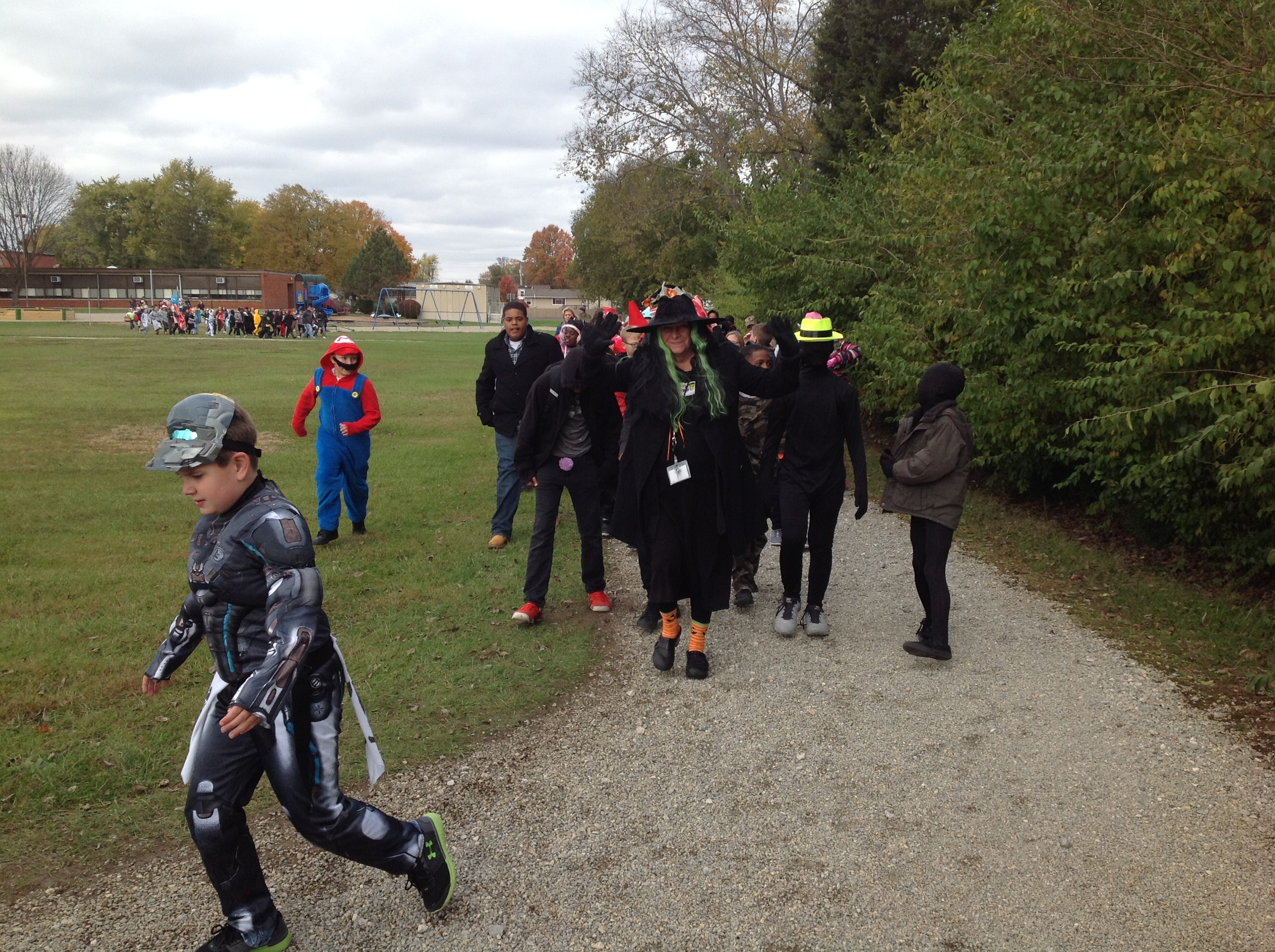 6th Grade Halloween Parade around track